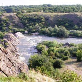 Гранітно-степове Побужжя і Актовський каньйон